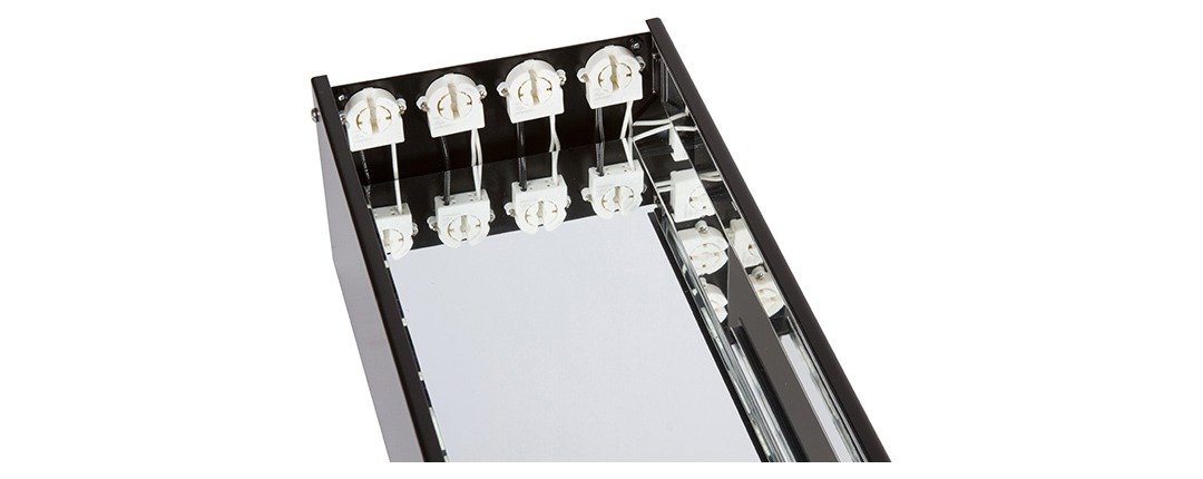 Effects Master® LED Series Mirror Polished Everbright Reflector and Positive Locking Sockets