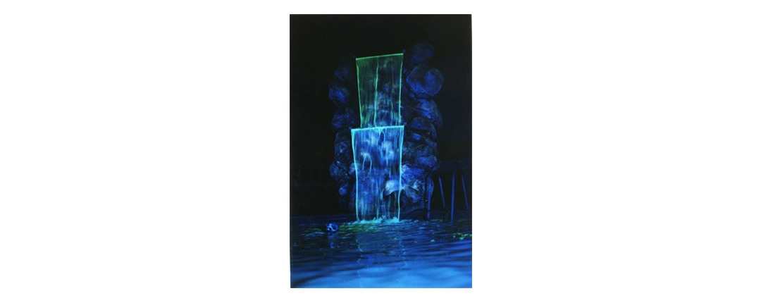 Luminescent Water Dye Application Example - Theme Park Attraction