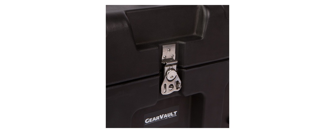 GearVault™ Cases Locking Center Latch